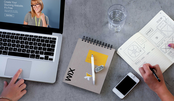 Nếu không am hiểu về kỹ thuật, bạn nên sử dụng WIX để thiết kế website