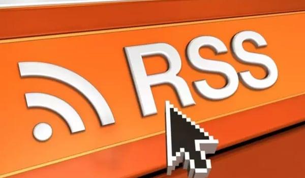 RSS là gì? Khi nhấp vào biểu tượng RSS trên trang, trình duyệt sẽ hiển thị một đoạn mã XML