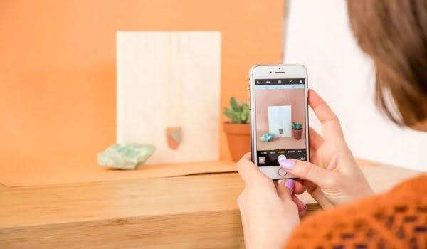 Chụp ảnh sản phẩm bằng điện thoại cần phân bố bố cục hợp lý