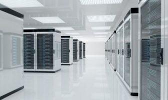 Có Nên Sử Dụng Cloud Server Giá Rẻ Cho Doanh Nghiệp Hay Không?